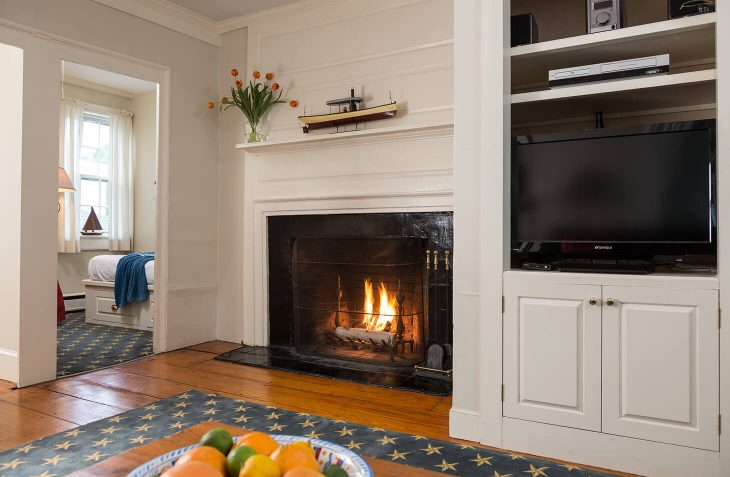 Places to Stay in Marblehead, MA - Apartment 2