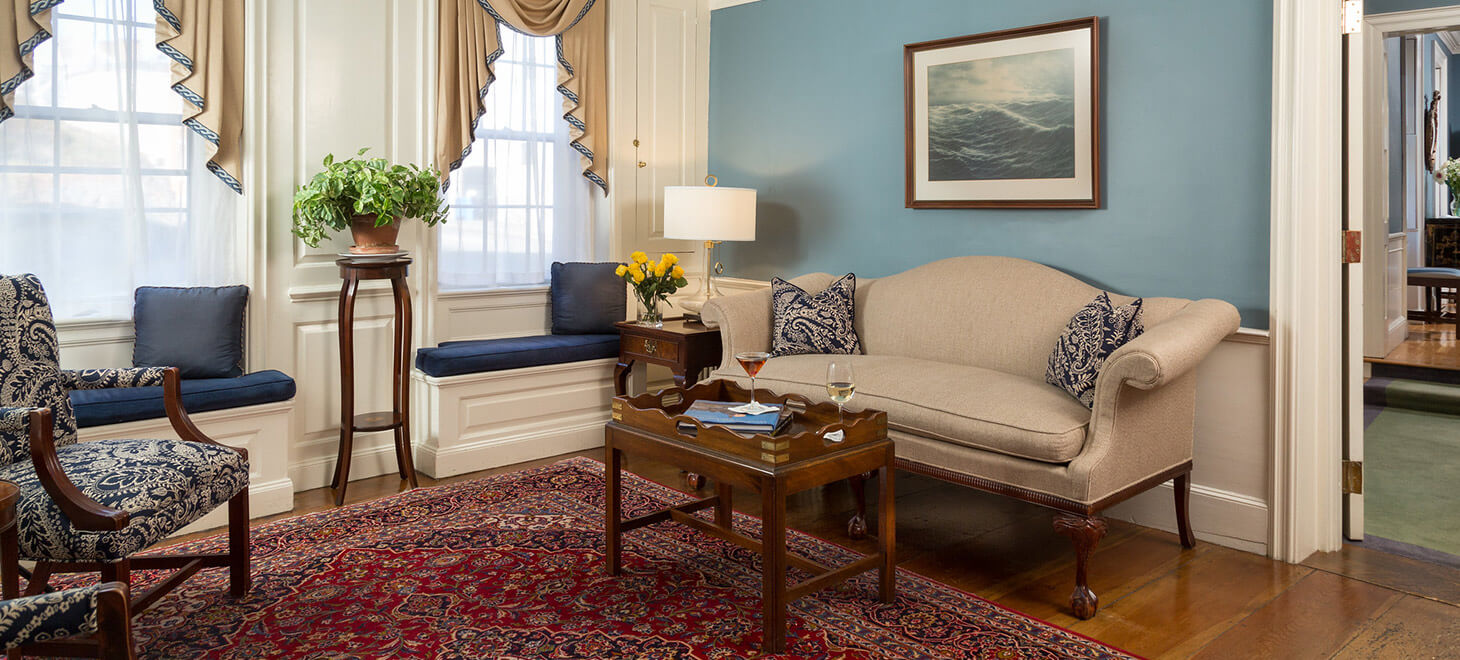 Common area living room at our Marblehead hotel