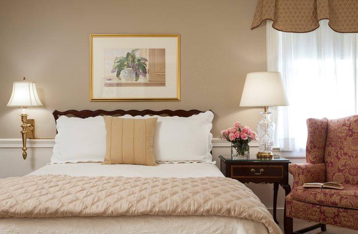 Hotels Close to Salem, MA - Room #23