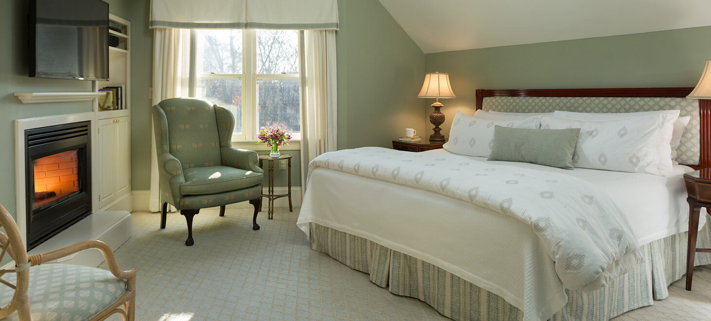 Romantic Hotels in MA - Room #25