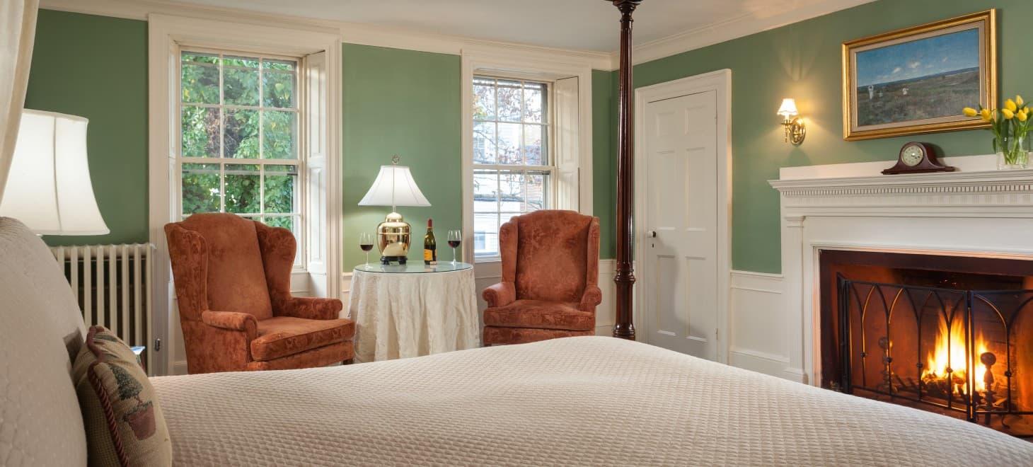 Hotel in Marblehead, MA - Room #22